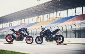 2018 ktm 1290 super duke r. brilliant 2018 2017 ktm super duke r with race kit stock and race kit with 2018 ktm 1290 super duke r
