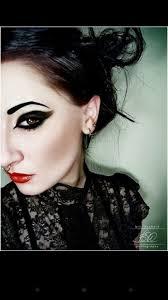 septum piercing plus she has nice makeup