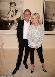 Anthea turner 2020 estatura (altura): Anthea Turner Exudes Style In A Silk Shirt As She Steps Out With Fiance After Supporting John Leslie Daily Mail Online
