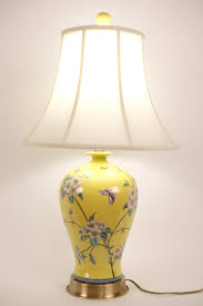 Fine Asianliving Oriental Porcelain Table Lamp Handpainted Yellow