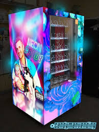 Vending Machines Houston Cool Rappers Riff Raff Krayzie Bone Partner With Candyman Vending Company