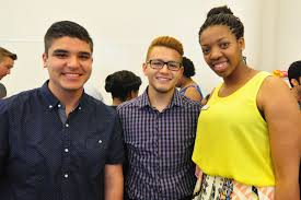 apply early decision to teach for america teach for america three people standing together smiling