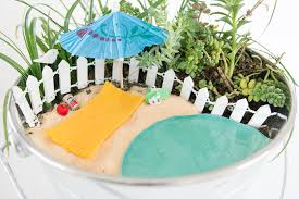 make your own diy beach fairy garden