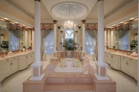 huge master bedrooms. Huge Master Bedrooms Photo - 5