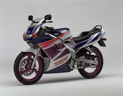 Poi² garage & specialist yamaha tzm. Motorcycles That Defined The 1990s Part 2 Bikesrepublic