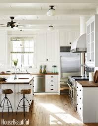 Blackknobs On White Cabinets White Kitchen Cabinet Hardware Ideas