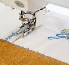 Janome America: World's Easiest Sewing, Quilting, Embroidery ... & ... Toe Foot for extra visibility, Ditch Quilting Guide, and Adjustable  Quilting Guide. The new construction of these feet make it easier than ever  to set ... Adamdwight.com