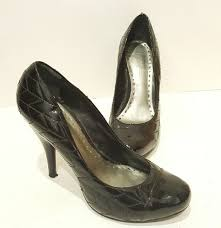 bcbg girls size 7m black quilted cap toe patent leather pumps high heel brazil