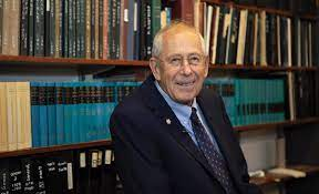 Princeton's James Peebles receives Nobel Prize in Physics