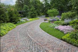 Pin Driveway Landscaping Ideas How To Create Asphalt Driveways That