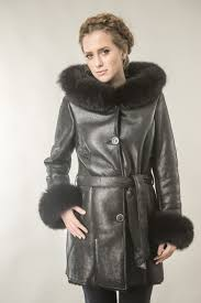 leather and natural polar fox fur taupe