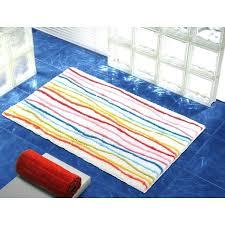 striped bathroom rug