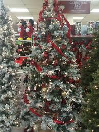 The Adventure of a Christmas Tree - MommaDJane