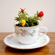 Decorating With Teacups And Saucers 100 Cool Ways To Repurpose Vintage Tea Cups and Saucers 25
