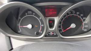 Why Engine Oil Indicator Is Turned On While The Oil Level Is