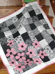 These 25 Fast And Free Quilt Patterns Are Perfect For Quick ... & Simple Quilt Patterns For Baby Blankets High Contrast 7 Best Black And  White Quilting Patterns Simple Adamdwight.com