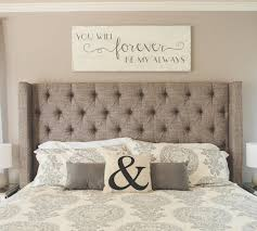 creative and beautiful bedroom wall decor