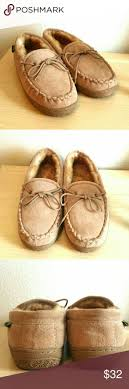 Mens Bedroom Slippers Leather 17 Best Ideas About Mens Sheepskin Slippers On Pinterest Sky
