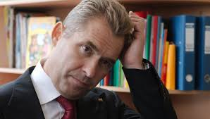РГБ отрицает что проверяла диссертацию Астахова Гудков возражает  РГБ отрицает что проверяла диссертацию Астахова Гудков возражает