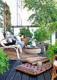small balcony garden ideas 24