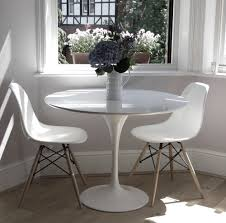 furniture inch round tulip table marble dining saarinen wood options hivemodern com winsome fresh tulip