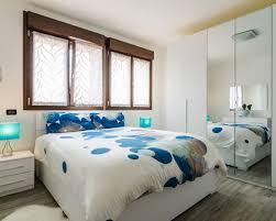 Camera Da Letto Beige E Marrone : Foto e idee per camere da letto camera moderna