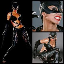 Halle berry ended up playing catwoman, but she wasn't the original choice. How The Catwoman Costume Has Changed And What We Can Expect In The Dark Knight Rises Halloweencostumes Com Blog