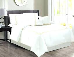 white queen quilt set white queen bedding sets white comforter set king cute white bedspreads all