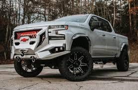 Lifted Trucks & 4x4's | Luxury SUV's | Rocky Ridge Trucks