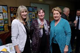 Wendy Hunt, Jennifer McNally and Susan Pendergast at the Lions ... | Buy  Photos Online | Daily Mercury