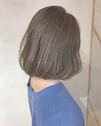ハイライトで立体的なヘアスタイルにボブヘアに合わせたいヘアカラー