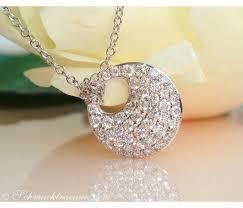 pretty diamond pendant incl chain