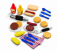 Little Tikes Outdoor Kitchen Amazoncom Little Tikes Backyard Barbeque Grillin Goodies Toys