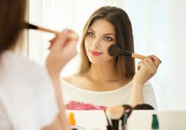 it is said that having a round face makes you look younger as opposed to having a thin face that can indeed be true to certain extent but majority of