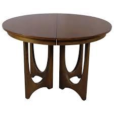mid century modern broyhill brasilia 6140 1645 round pedestal base dining table at 1stdibs