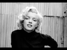 Marilyn Monroe Wallpaper For Bedroom Marilyn Monroe Wallpaper For Bedroom Walls Black And White Photo