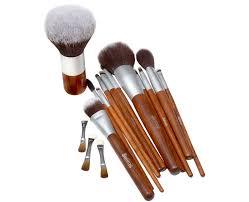 sefiros kulatý štětec na make up s rukojetí z červeného dřeva red wood foundation brush round