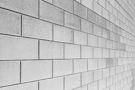 wall constructed of concrete blocks