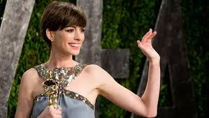 anne hathaway calls hosting the oscars her most embarrassing  anne hathaway calls hosting the oscars her most embarrassing moment cbs news