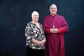Two Catholic parishioners receive service award | News | tiftongazette.com