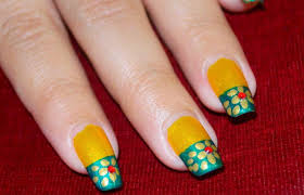 Green and Gold Nail Art ~ Golden Flower Nails on Yellow Green ...