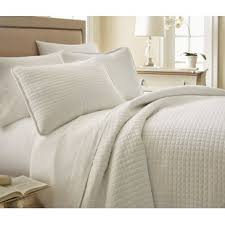 white queen quilt set. Simple Queen Eldon Reversible Quilt Set With White Queen A