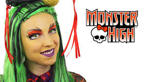 a jinafire long monster high makeup tutorial from the super talented ashlea henson if you love monster high you won t want to miss this