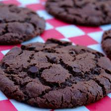 gooey double chocolate chip cookies. Simple Gooey Double Chocolate Chip Cookies  And Gooey O