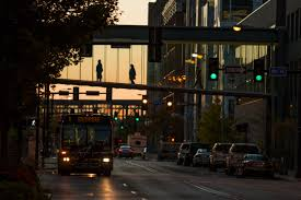 Light The Night Walk Des Moines Des Moines Skywalks Greater Des Moines Transportation