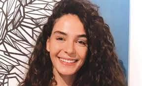 Hercai'nin yıldızı Ebru Şahin reklam ücretini 2'ye kattı - Magazin Haberleri