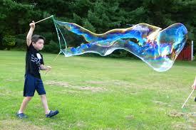 bubbles form giant bubbles