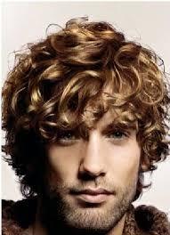 Coupe De Cheveux Homme Cheveux épais Ondules Idée Coiffure