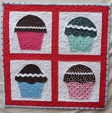 Quilted Cupcake Pattern | Photos, Cupcake and Patterns & applique quilts | Quilt Applique Patterns Free | Quilts Market - A Resource  for Quilts Adamdwight.com
