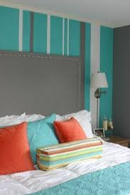 turquoise stripe painted bedroom | ... bedroom. Turquoise bedroom with  striped walls.